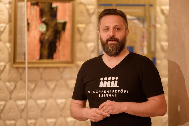 Fényképek - Sajtótájékoztató - Veszprémi Petőfi Színház / Műsorvezető: Keresztes János / Fotó: Domján Attila