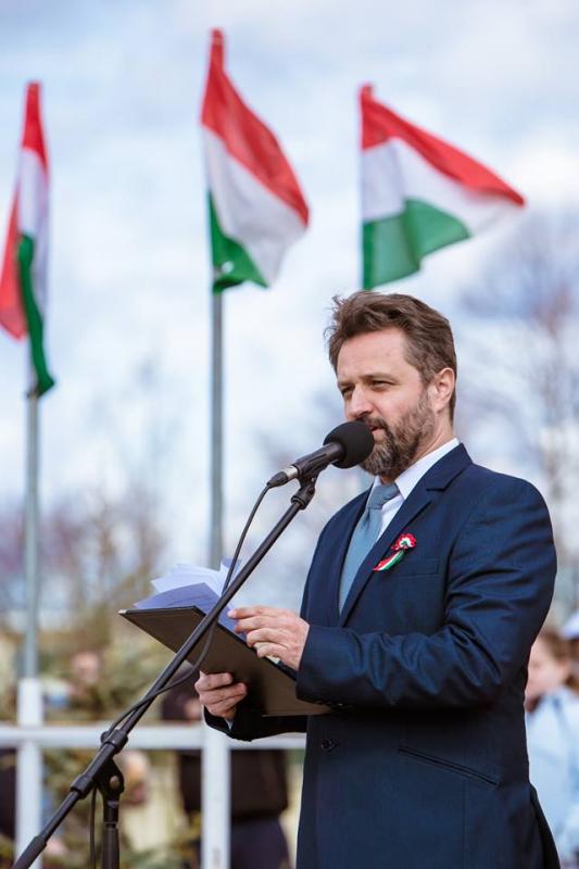 Fényképek - Ünnepi megemlékezés - 2019. március 15. Veszprém / Műsorvezető: Keresztes János