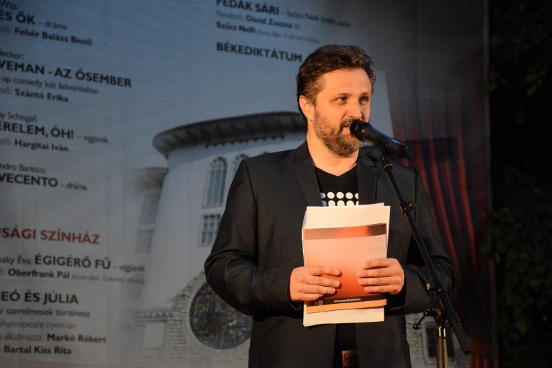 Fényképek - Bérletek éjszakája - Veszprémi Petőfi Színház / Műsorvezető: Keresztes János